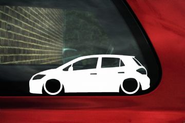 2x Low car outline stickers - Toyota Auris (5 door)